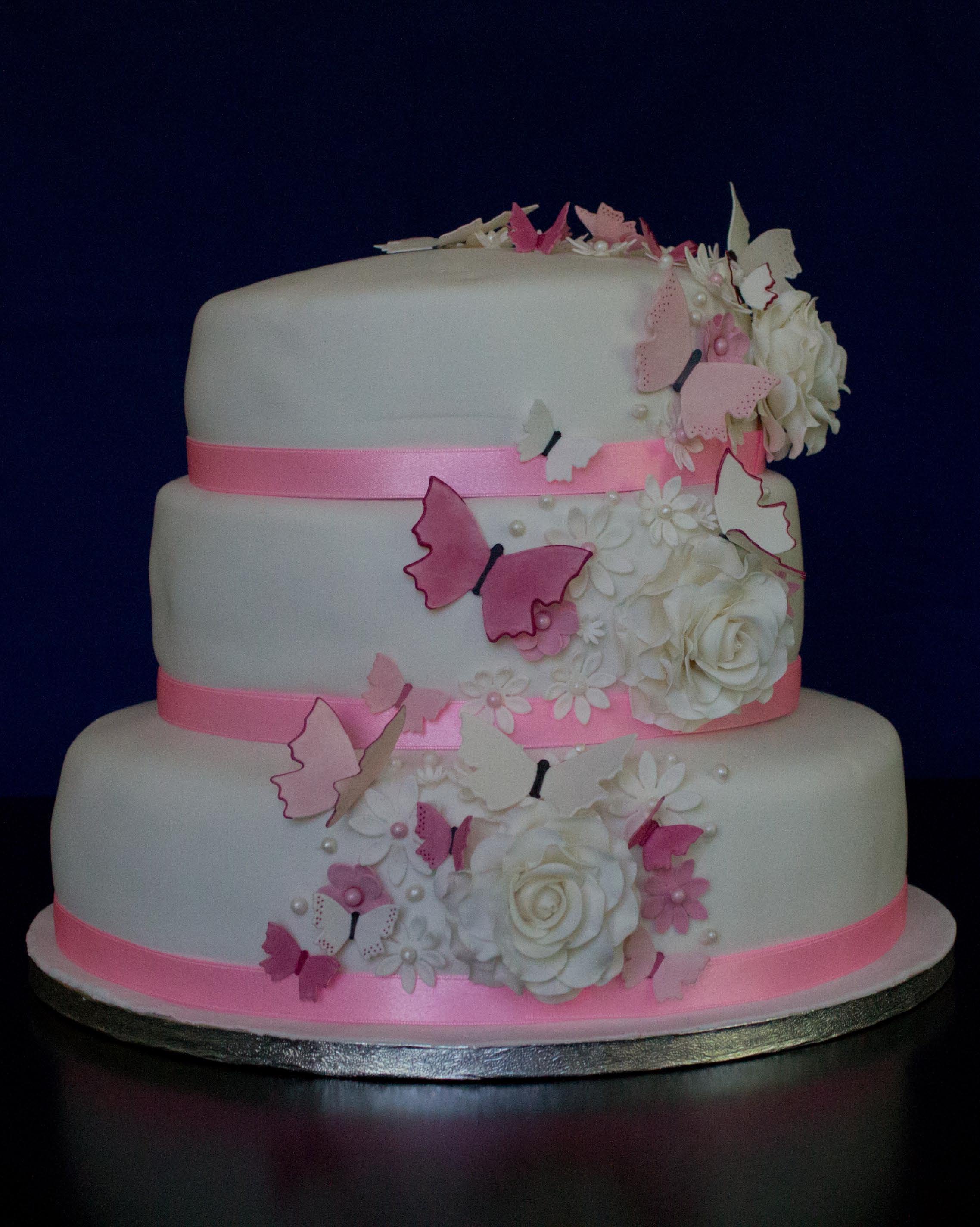 Bröllopstårta fjäril